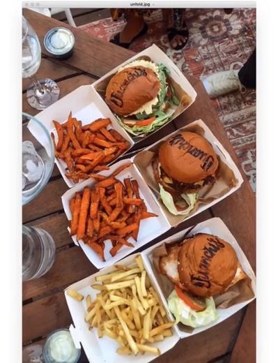 Juanchi's Burgers