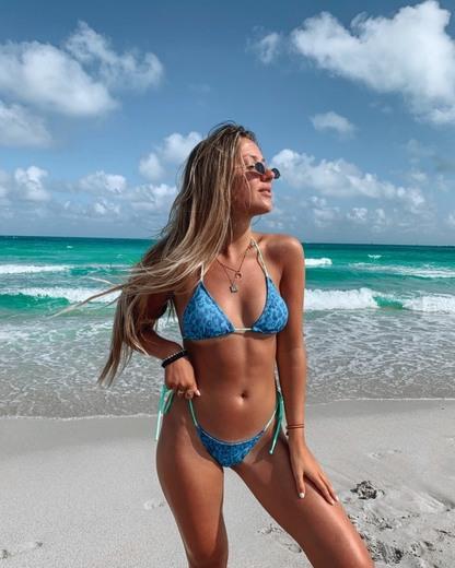 HelsBCN - Unique beachwear store