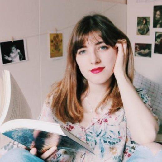 Raquel Bookish