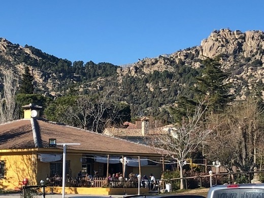 La Reunión Bar de Montaña & Restaurante