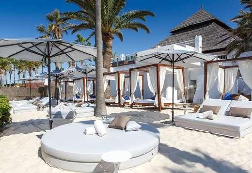 Los Naranjos Hotel Don Carlos