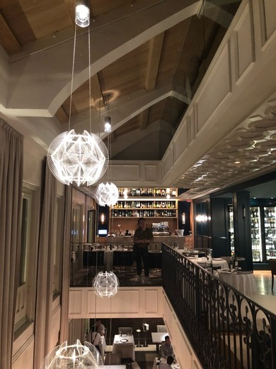 Restaurante de Moda, Lux Madrid