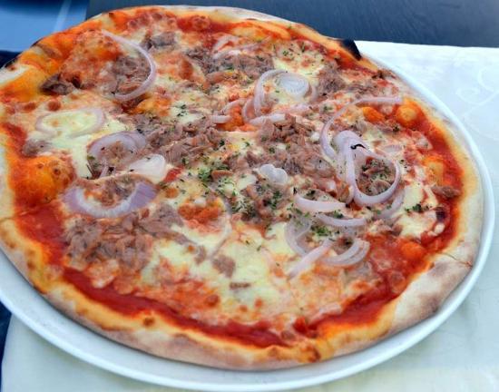 Mezzaluna Pizzeria & Trattoria